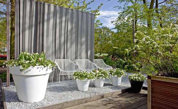sichtschutz im garten malerblatt medienservice. Black Bedroom Furniture Sets. Home Design Ideas